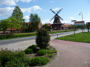 Blick auf die Windmühle in Ostgroßefehn